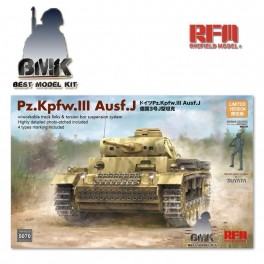 Pz.Kpfw. III Ausf J with Workable Tracks